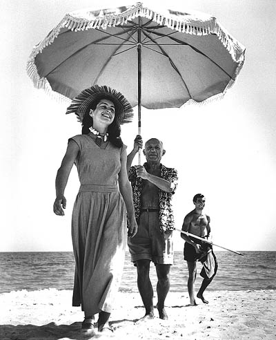 robert-capa-pablo-picasso-and-francoise-gilot-1948